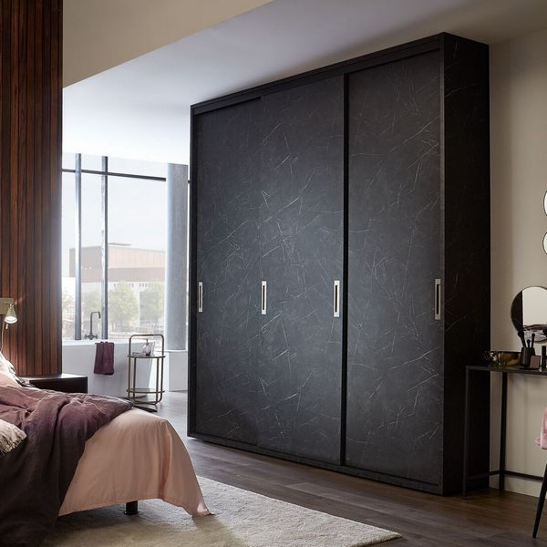 JPG-Raffito_Loft Italian marmer interieur steengrijs deuren dicht