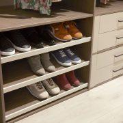 Raffito interieur schoenenrek op maat